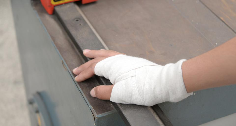 Czy wypadek na wyjeździe integracyjnym to wypadek przy pracy?