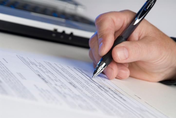 Fakturę zaliczkową za lokal rozliczamy w pozycjach 41 oraz 42 deklaracji VAT-7K