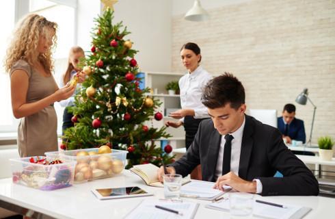 Choinka w biurze może być kosztem podatkowym