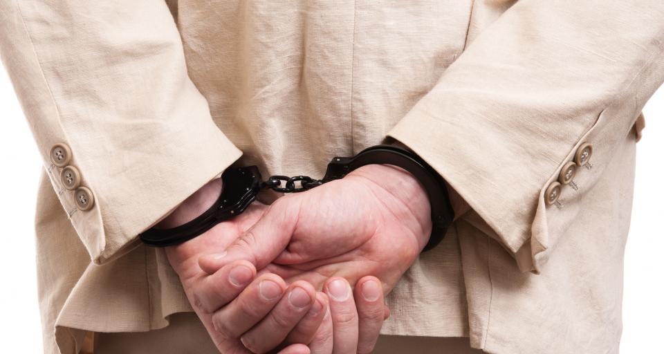 Sąd: 240 tys. zł dla b. komendanta z Wyszkowa za niesłuszny areszt