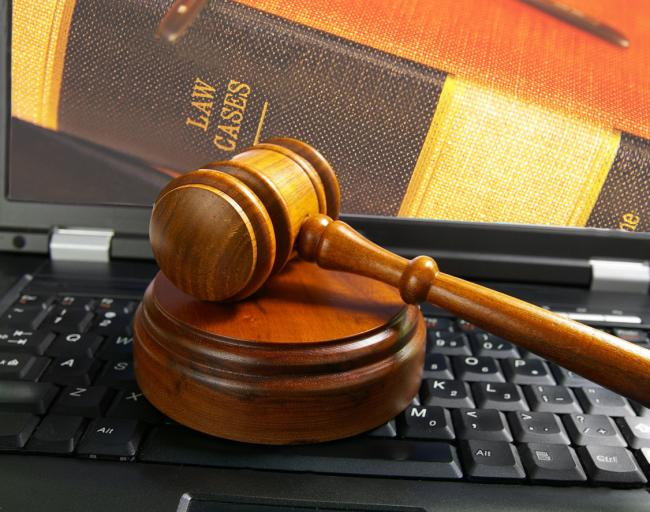 """Sąd zakazał wydawania tygodnika """"W Sieci"""""""