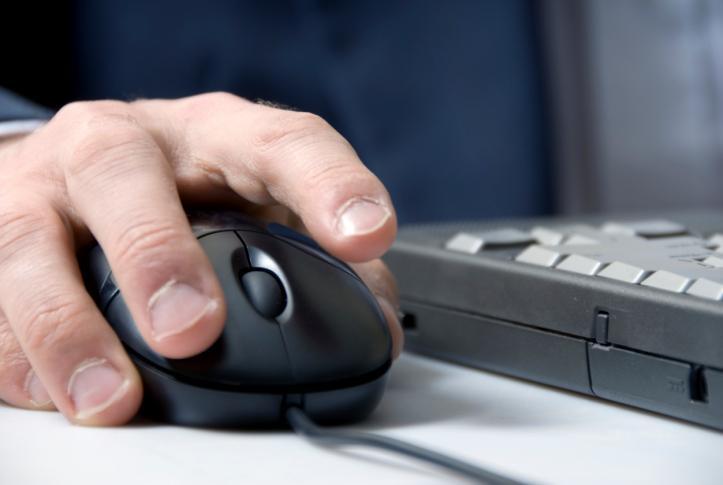 Cyberprzestępczość coraz bardziej zagraża firmom