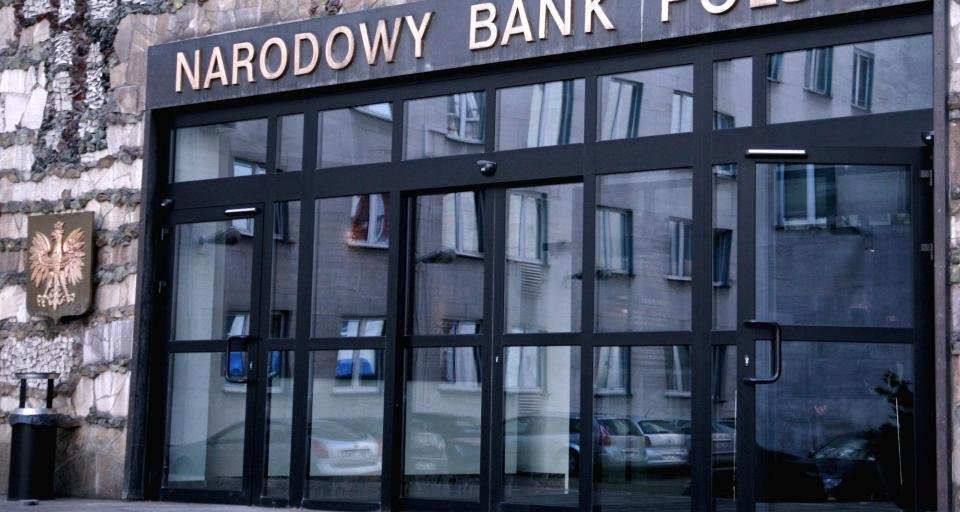 Rządowe Centrum Legislacji ma napisać projekt noweli o NBP