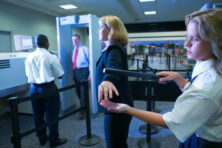 Państwa wymienią się danymi pasażerów lotniczych