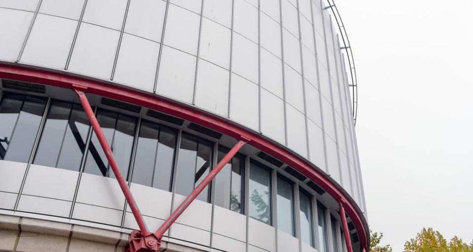 Strasburg: Trybunał rozpatrzy skargi przeciwników ekshumacji ofiar katastrofy smoleńskiej
