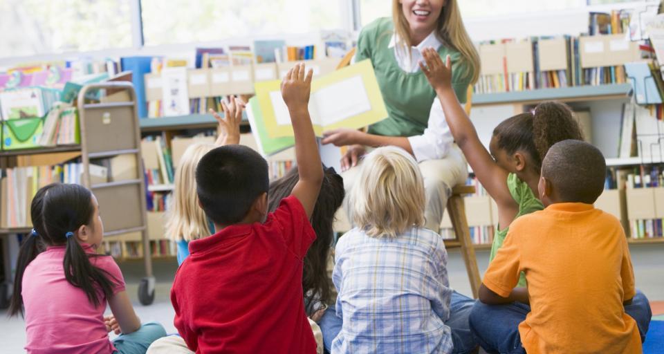 Kampania informacyjna pomoże rodzicom sześciolatków w decyzji o rozpoczęciu nauki
