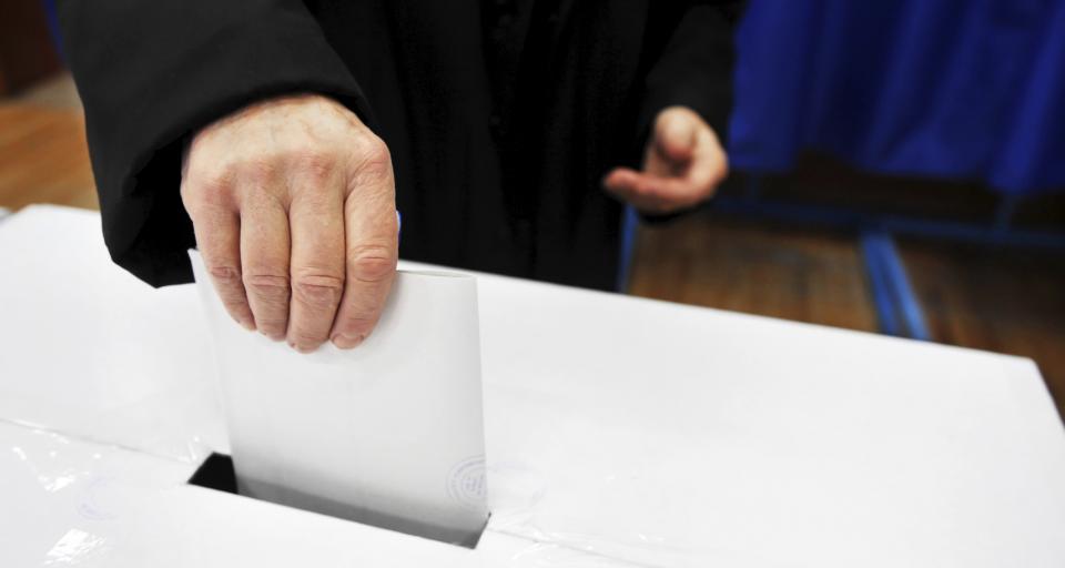 Protest wyborczy: przegrana o 1 głos, w urnie o 2 karty za dużo