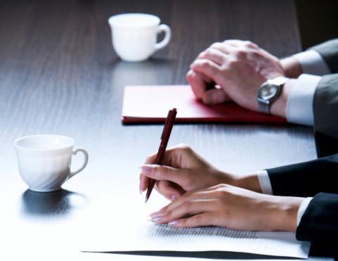 Opolskie: pierwsze umowy z przedsiębiorcami w ramach nowego RPO