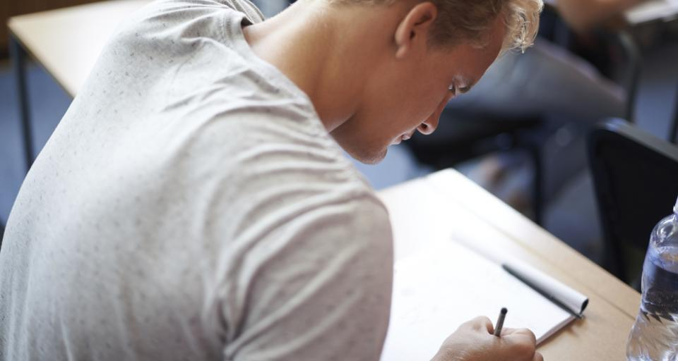 List przeciwko likwidacji szkół zadaniem egzaminacyjnym dla trzecioklasistów