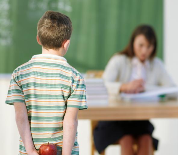 Od dwóch lat trwa spór, czy nauczyciel powinien ryzykować zdrowiem dla ucznia