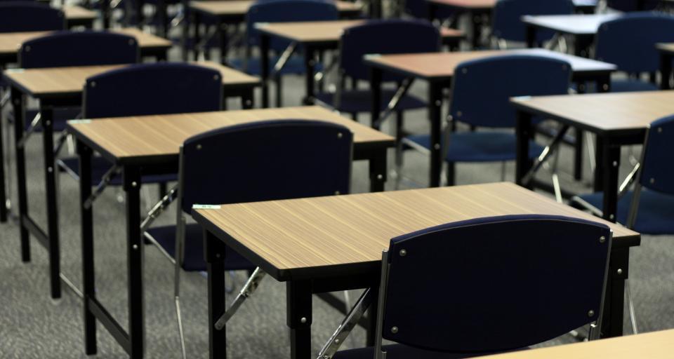 Egzamin gimnazjalny: rozpoczął się test matematyczno-przyrodniczy