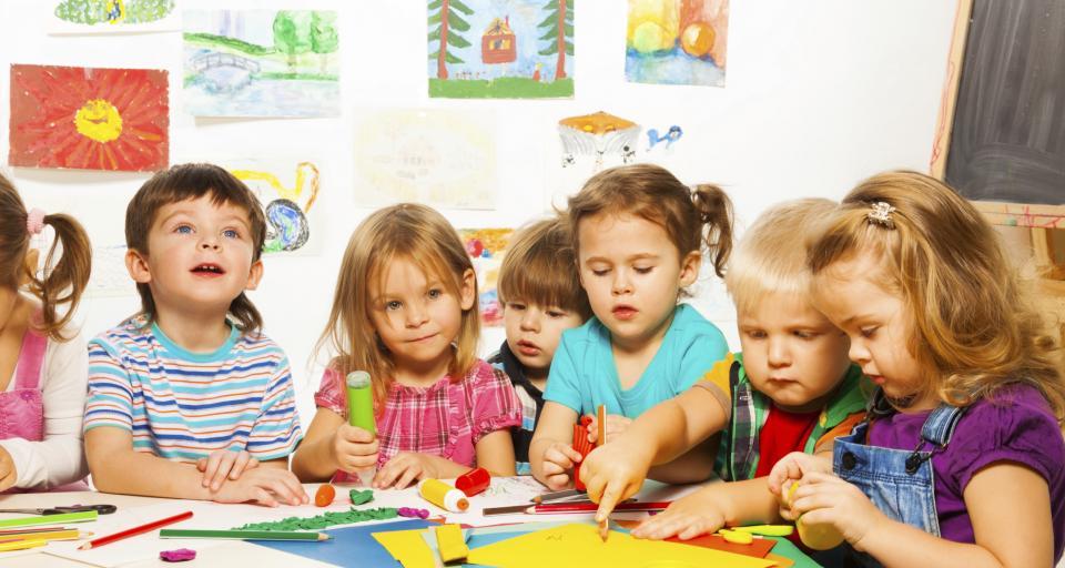 MEN chce złagodzić wymogi dotyczące nauczycieli angielskiego w przedszkolu