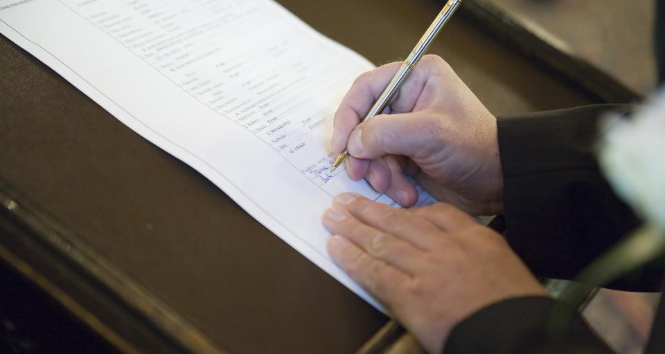 Egzaminator zanotuje, kto ściąga na egzaminie