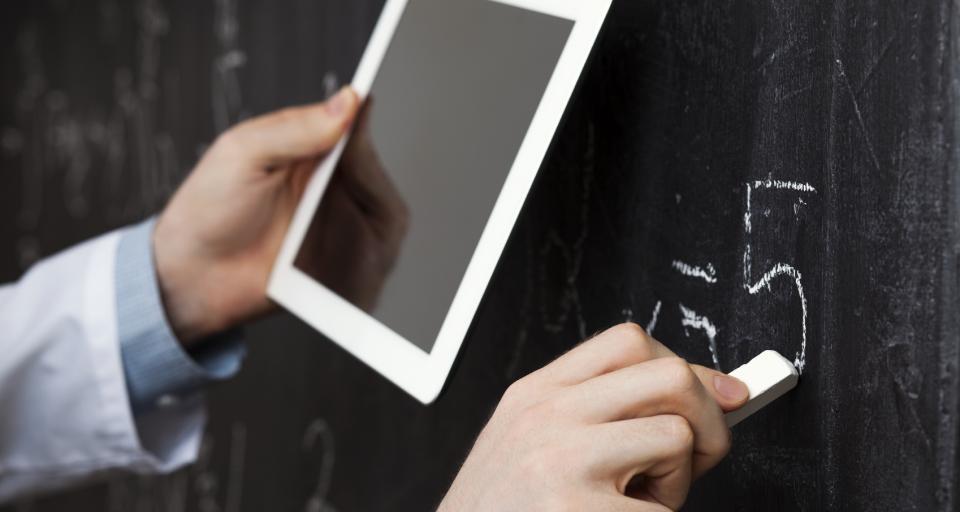 Kurator skontroluje plan doskonalenia nauczycieli