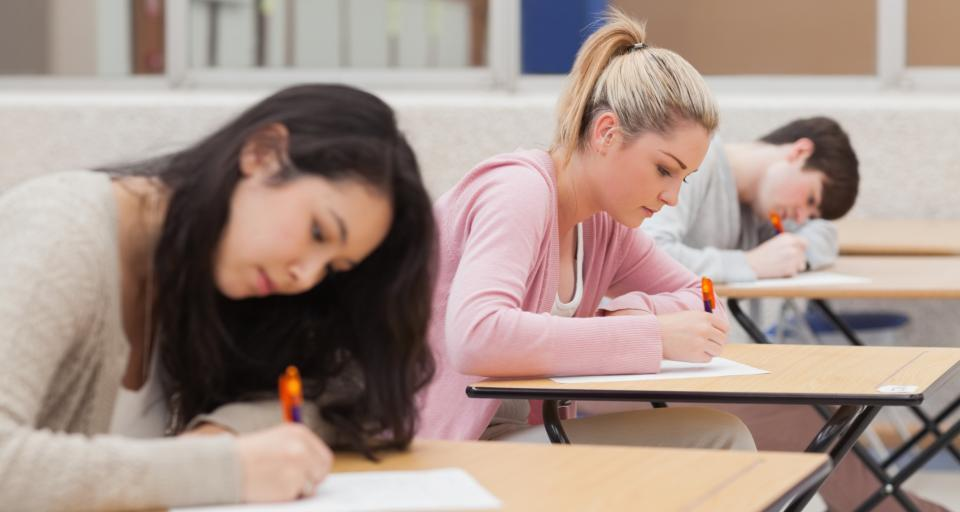 Przeciek na egzaminie gimnazjalnym. Uczniowie nie będą pisać testu drugi raz