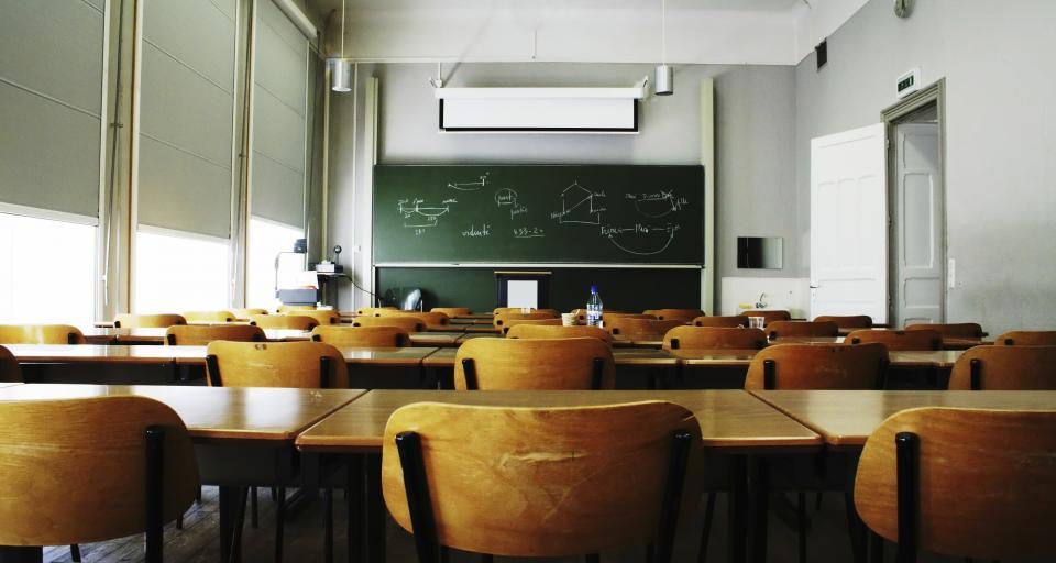 Poseł może poprowadzić lekcję w szkole