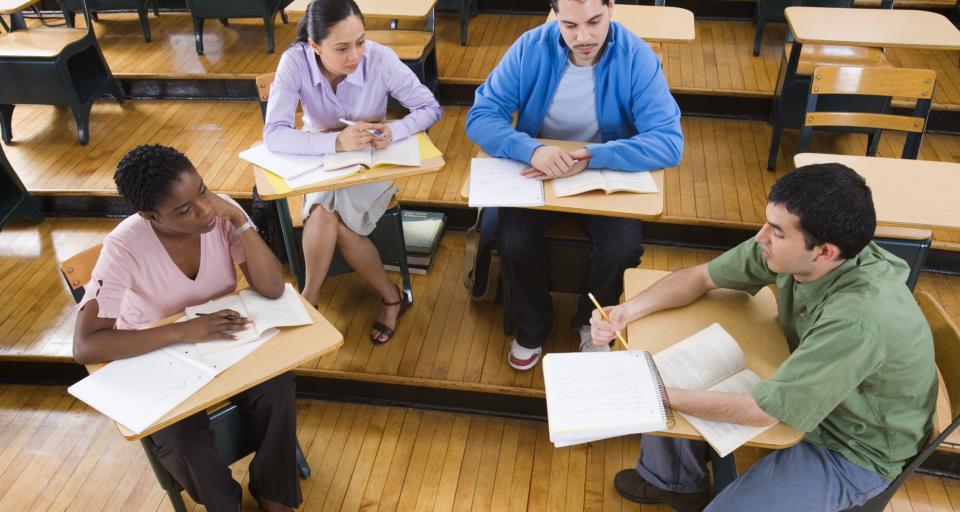 Działalność w organizacjach studenckich wyróżnia