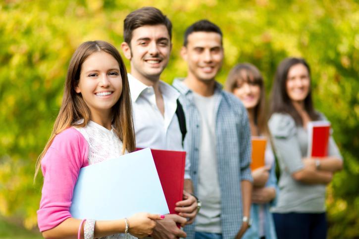 Kryzys szkolnictwa wyższego - liczba studentów spadła o ponad 170 tysięcy