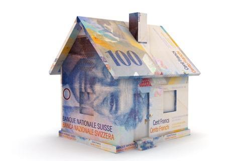 Związek banków: mieszkaniowe kredyty we frankach trochę mniej uciążliwe