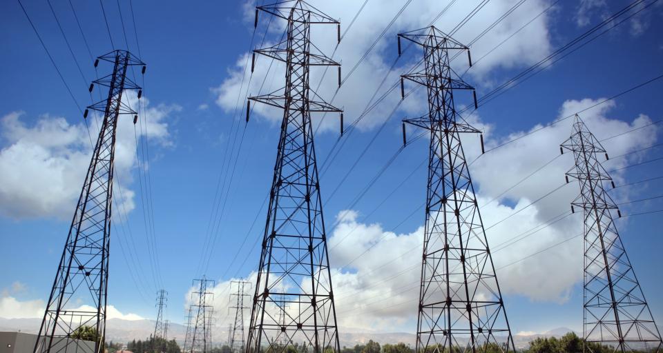 Stabilność polskich i czeskich sieci energetycznych zagrożona przez prąd z niemieckich elektrowni