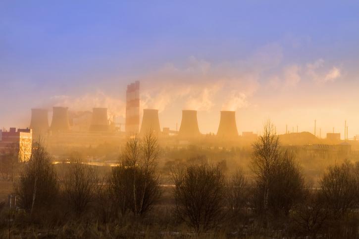 Stolica i inne regiony Polski duszą się od smogu