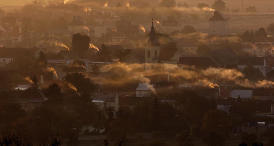 Wysokie wartości zanieczyszczenia powietrza w części Mazowsza