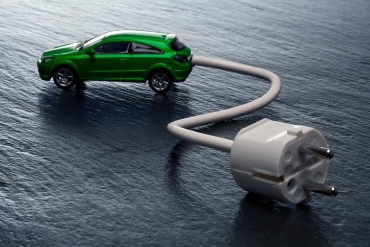 ME: upowszechnienie aut elektrycznych następować będzie skokowo
