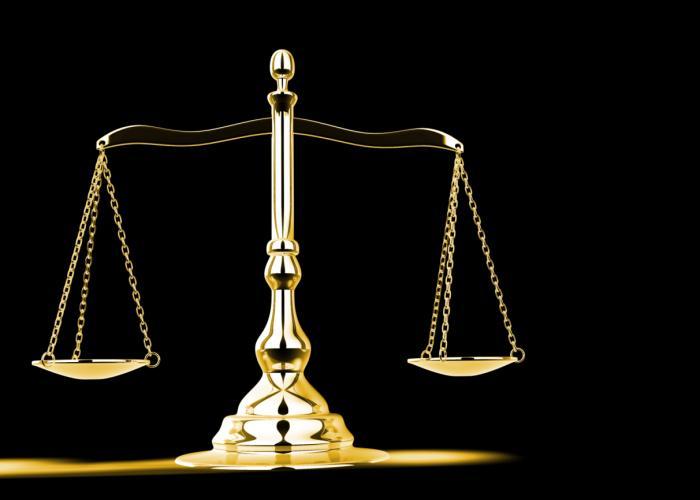 Włochy: krewni skazanych zdemolowali sąd