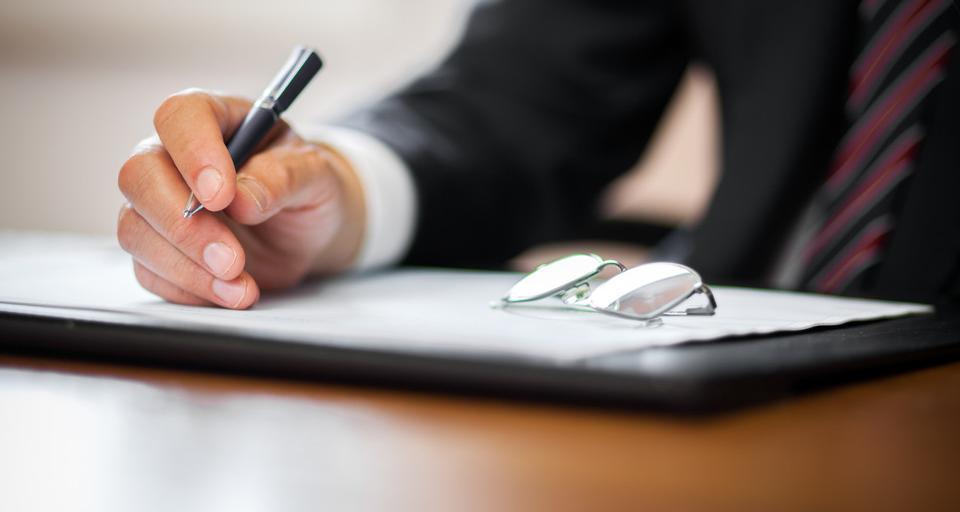 MS wyda zaświadczenia zastępcom notarialnym