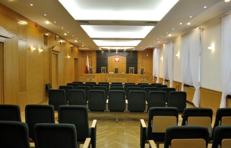 Sędzia po reformie Gowina wrócił do sądu, więc TK umorzył sprawę