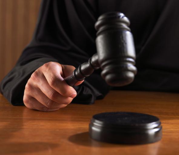 Sądy coraz mniej wyroków podają do publicznej wiadomości