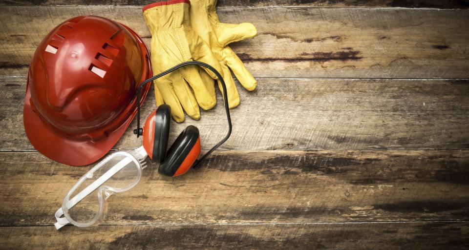 Pierwsza pomoc w wypadkach przy pracy (rany i krwotoki)