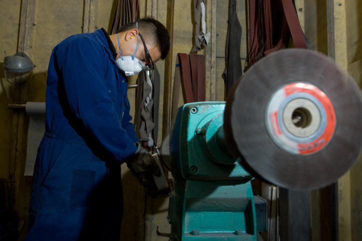 Substancje chemiczne niebezpieczniejsze niż wypadki przy pracy