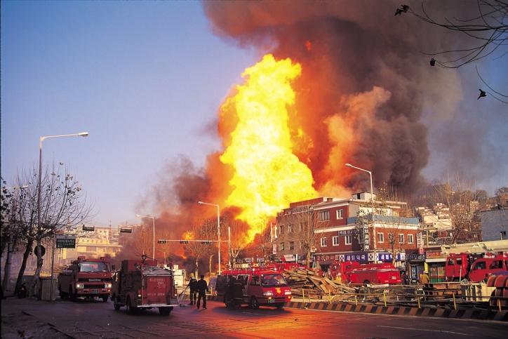 Pożar huty szkła w Parszowie