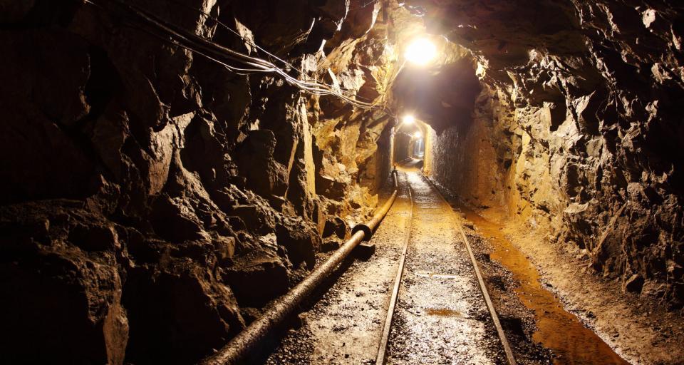 Poszukiwania górnika po wybuchu metanu w kopalni Murcki-Staszic