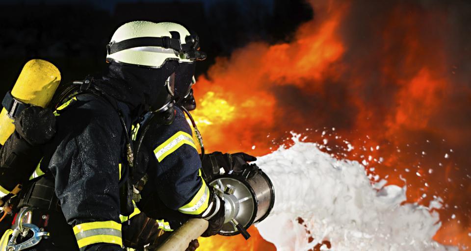 Pożar w fabryce farb i lakierów w Dębicy