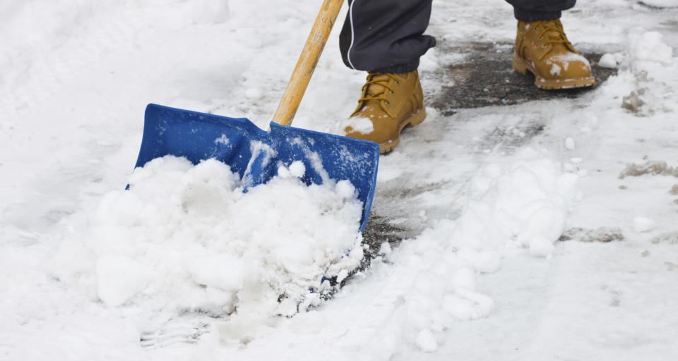 Jaka jest minimalna temperatura pracy na wolnym powietrzu zimą?
