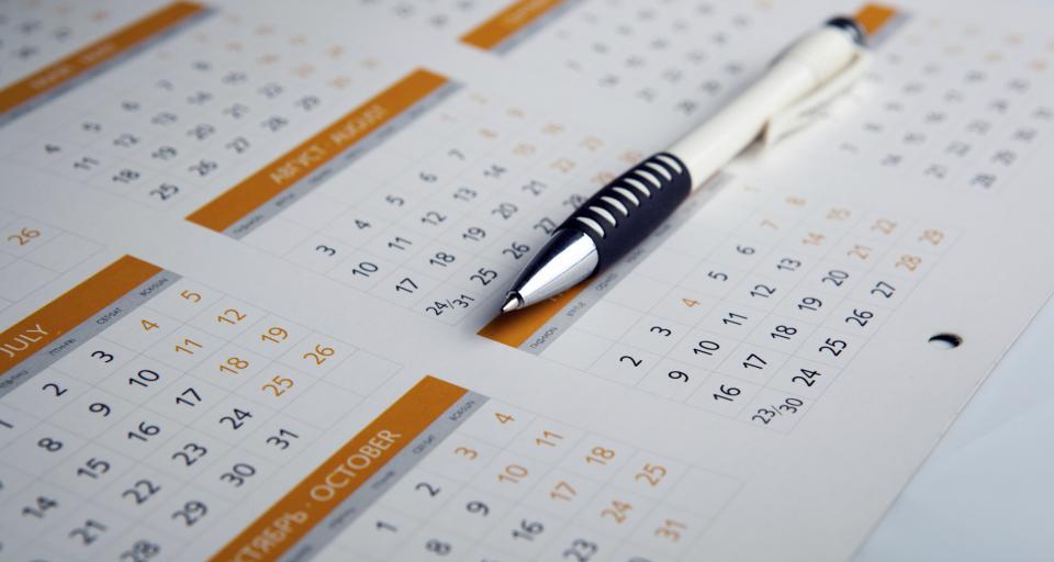 Przepisy ważne dla przedsiębiorców tylko dwa razy w roku