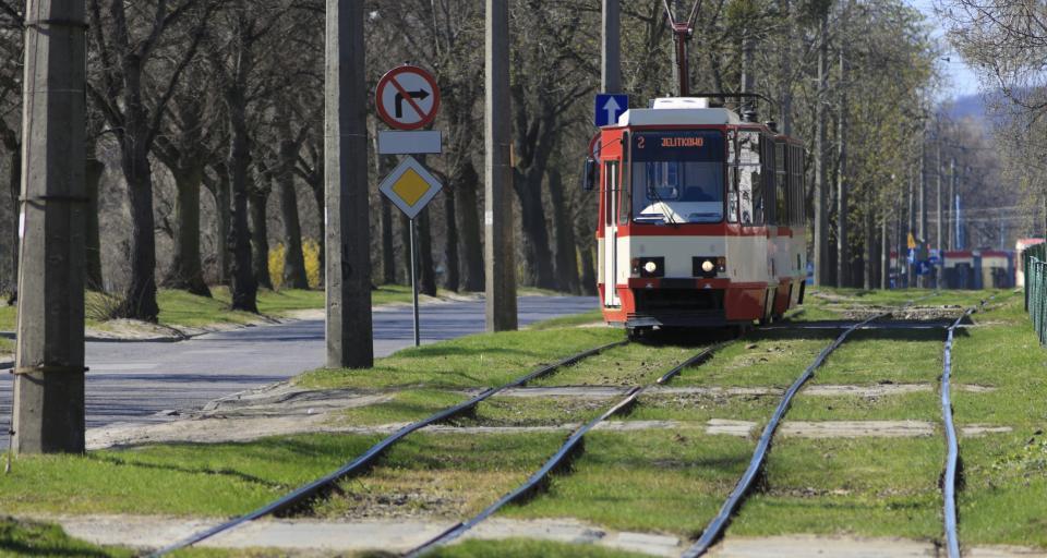 Pesa dostarczy 5 tramwajów dla Warszawy