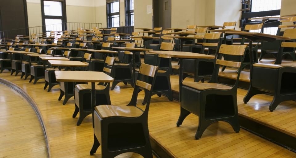 Prawie jedna piąta szkół artystycznych wydała świadectwa na nieaktualnych drukach