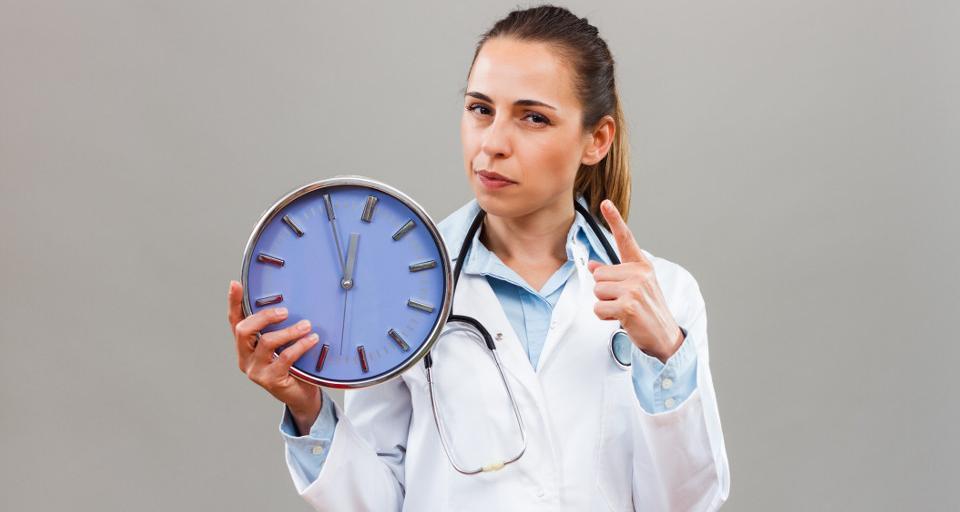 Naczelna Rada Lekarska: potrzebna dyskusja na temat norm czasu pracy