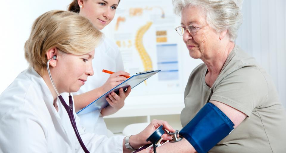 Raport: leczenie nowotworów coraz skuteczniejsze