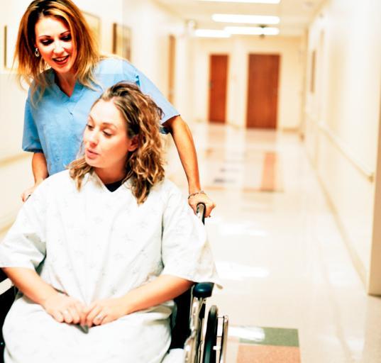 SP ZOZ nie ma obowiązku przyjmowania osób niepełnosprawnych poza kolejnością