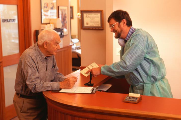 Nie przed każdym badaniem pacjent musi udzielać pełnomocnictwa do zasięgania  informacji o stanie zdrowia