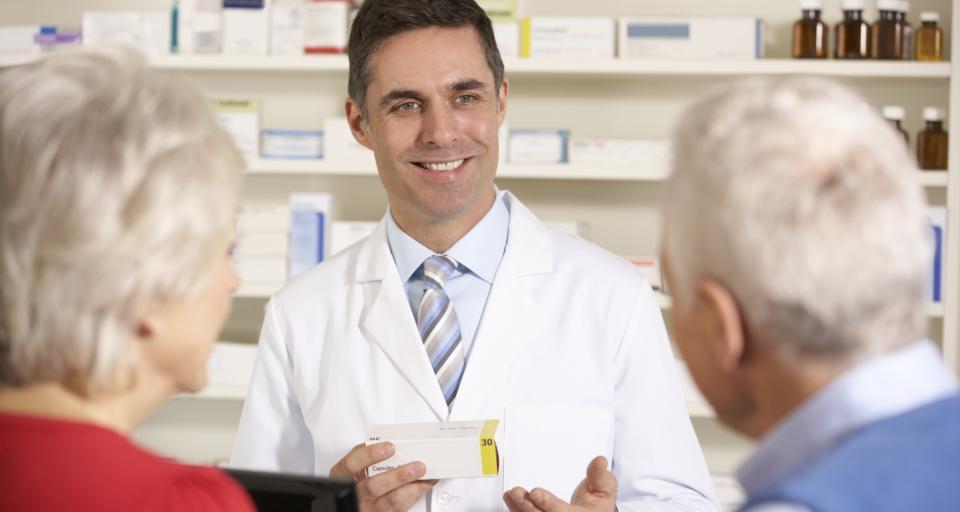 Wzrost wartości sprzedaży leków bez recepty w październiku 2015