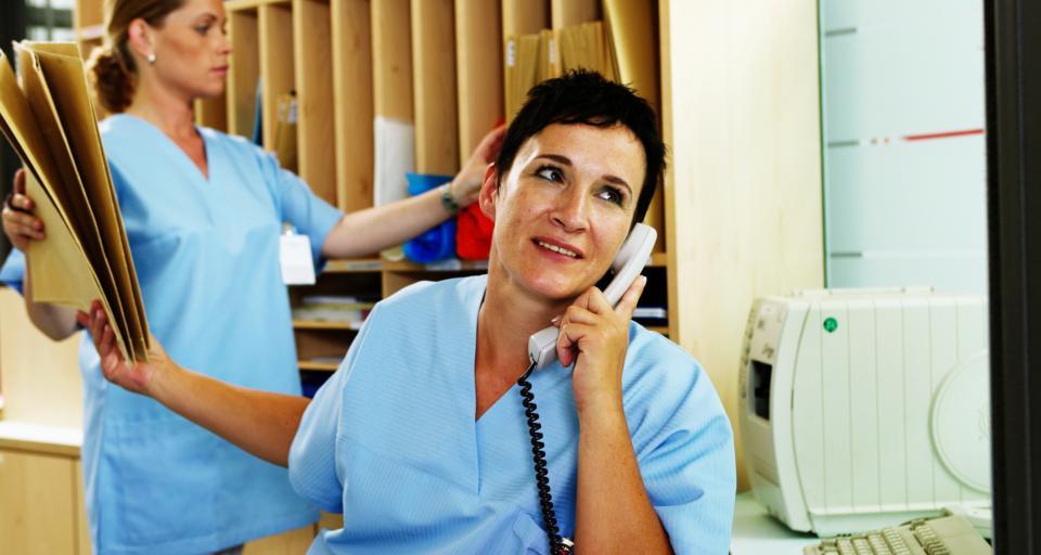 Niedopuszczalne jest telefoniczne złożenie wniosku o przesłanie dokumentacji medycznej