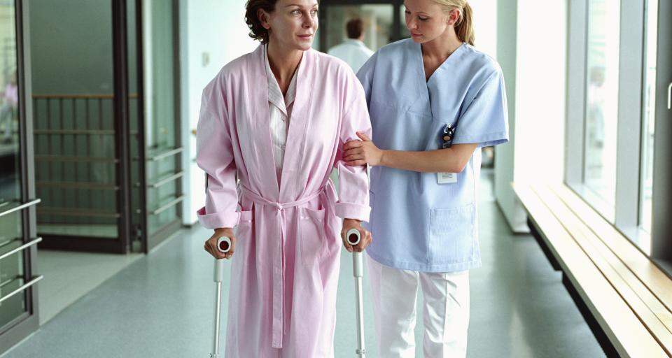 """""""Solidarność"""" zaskarża przepisy dotyczące podwyżek dla pielęgniarek"""