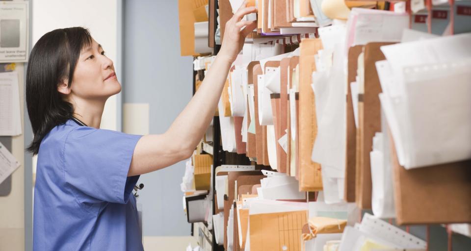 Placówki medycznie nie zabezpieczają danych pacjentów