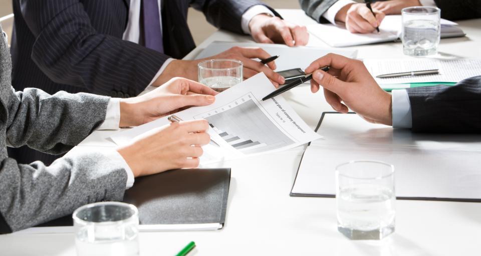 Przedsiębiorcy apelują o zwołanie Okrągłego Stołu branży aptecznej