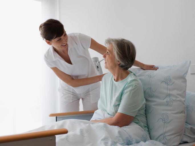 NFZ: nie będzie przerw w udzielaniu świadczeń geriatrycznych na Mazowszu